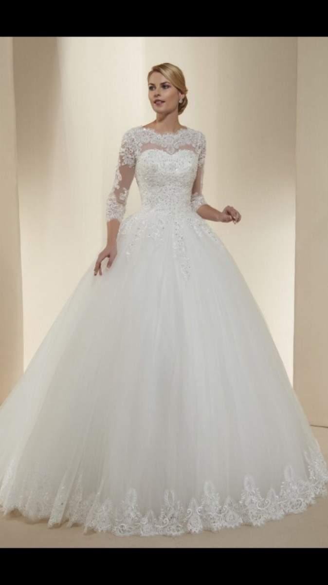 Robe De Mariée Princesse à Traîne Laetitia Mariage Harmonya